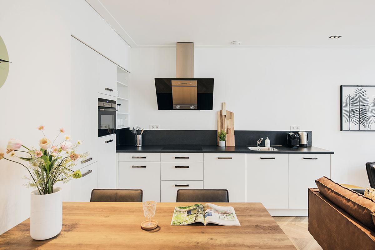 damrak-shortstay-amsterdam_apartment_11